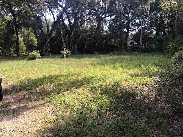 3290 NE 163rd Place, Citra, FL 32113 (MLS #564374) :: Realty Executives Mid Florida