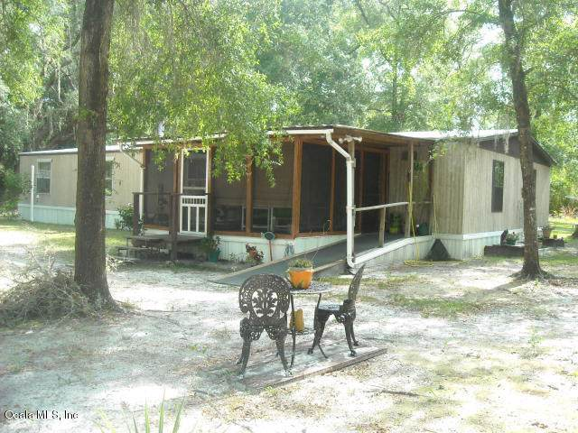 1189 NE 145th Avenue Road, Silver Springs, FL 34488 (MLS #564837) :: Bosshardt Realty