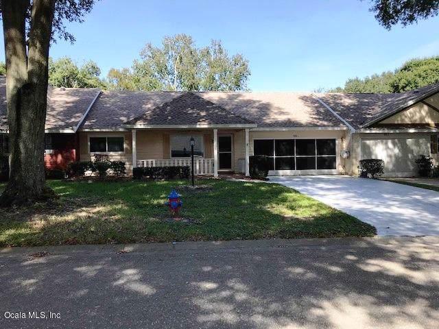 9065 SW 82nd Terrace C, Ocala, FL 34481 (MLS #564905) :: Bosshardt Realty