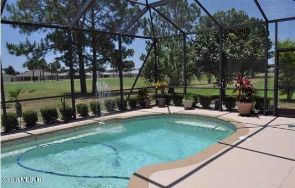 15660 SW 14th Avenue Road, Ocala, FL 34473 (MLS #565641) :: Bosshardt Realty
