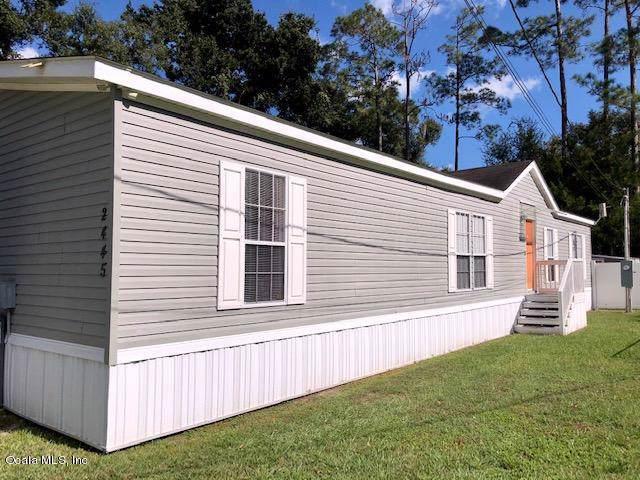2445 SE 175th Terrace, Silver Springs, FL 34488 (MLS #566017) :: Pepine Realty