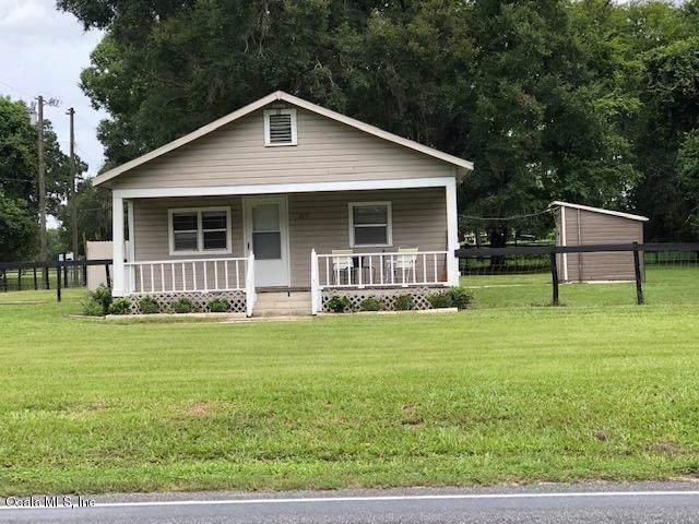 2431 NE 97 Street Road, Anthony, FL 32617 (MLS #566212) :: Bosshardt Realty