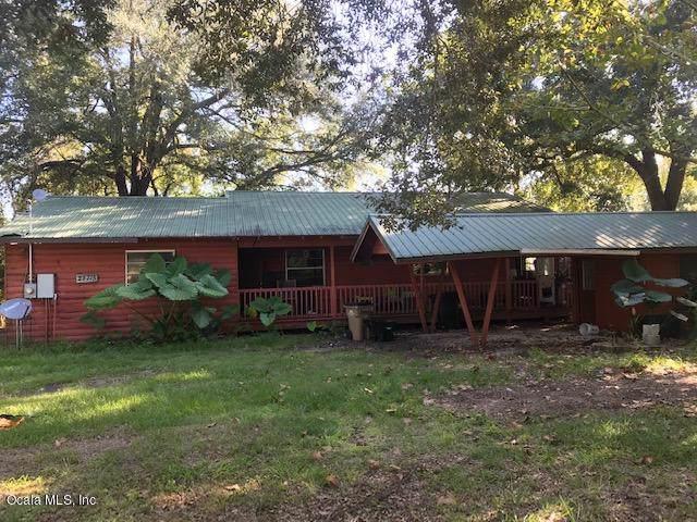 27715 Kathryn Circle, Paisley, FL 32767 (MLS #566331) :: Bosshardt Realty