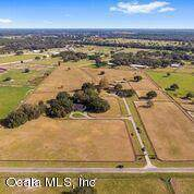 4721 SE 212 Court, Morriston, FL 32668 (MLS #567136) :: Bosshardt Realty