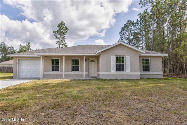 13276 SE 39th Court, Belleview, FL 34420 (MLS #568450) :: Bosshardt Realty