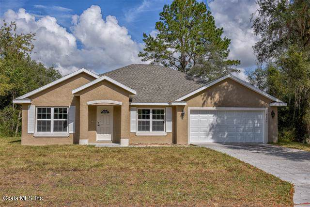 4382 SE 134th Place, Belleview, FL 34420 (MLS #568472) :: Realty Executives Mid Florida