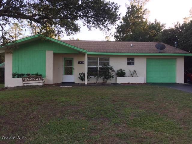 21428 SW Raintree Street, Dunnellon, FL 34431 (MLS #568912) :: Bosshardt Realty