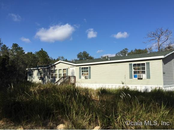 7505 SW 152nd Place, Dunnellon, FL 34432 (MLS #437948) :: Realty Executives Mid Florida