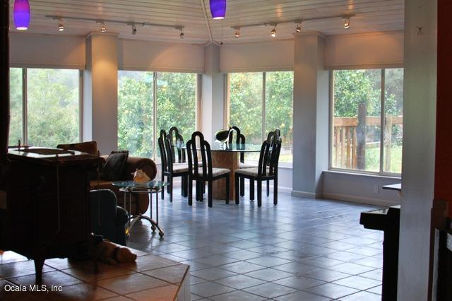 16622 SE 49th Street Road, Ocklawaha, FL 32179 (MLS #524760) :: Bosshardt Realty