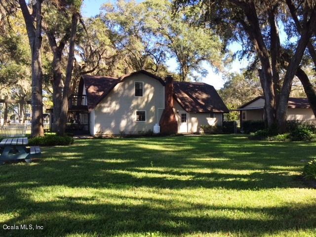 7023 W Riverbend Road, Dunnellon, FL 34433 (MLS #527416) :: Realty Executives Mid Florida