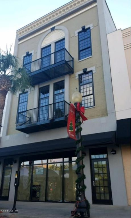 18 S Magnolia Avenue, Ocala, FL 34471 (MLS #528871) :: Bosshardt Realty