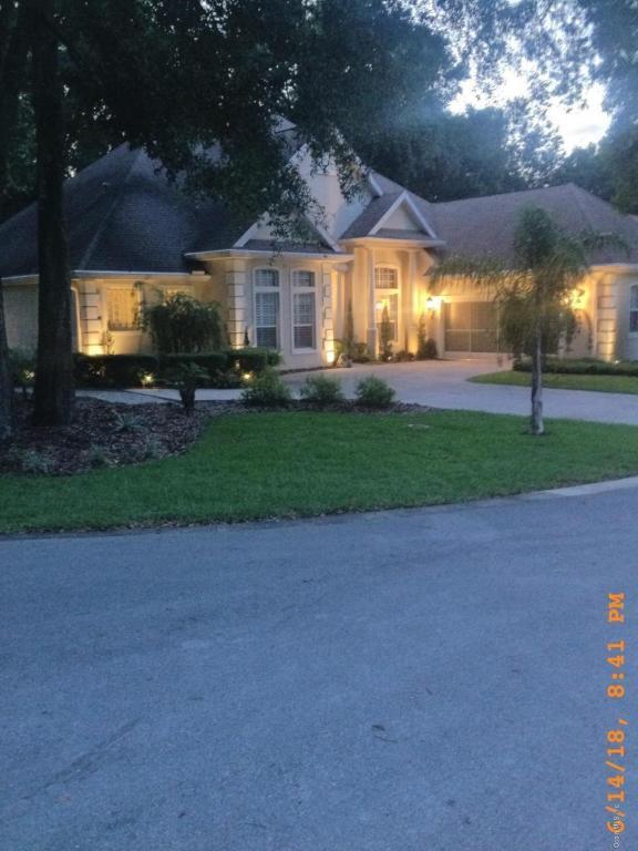 10788 SW 71st Avenue, Ocala, FL 34476 (MLS #538849) :: Bosshardt Realty