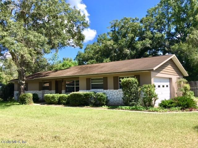 2000 NE 50th Street, Ocala, FL 34479 (MLS #540903) :: Thomas Group Realty