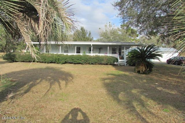 5725 SW 176th Avenue, Dunnellon, FL 34432 (MLS #550175) :: Realty Executives Mid Florida