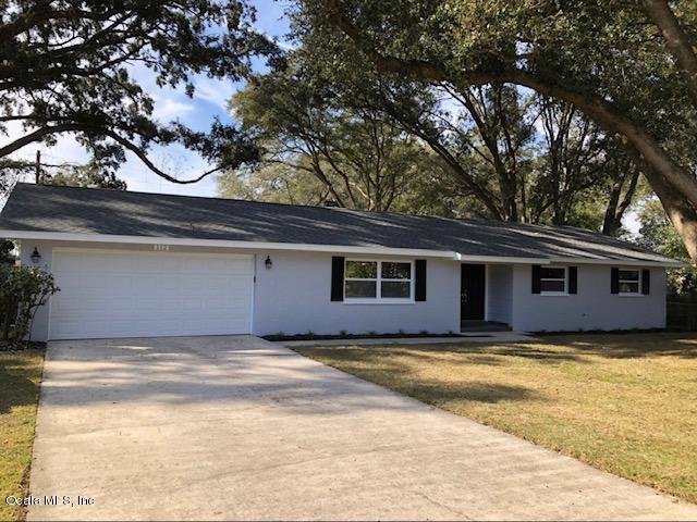 112 NE 31st Terrace, Ocala, FL 34470 (MLS #550332) :: Bosshardt Realty