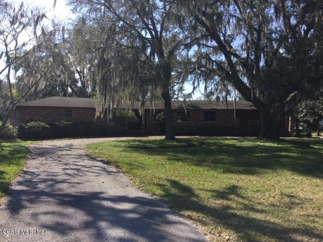 208 NE 70th Street, Ocala, FL 34479 (MLS #551659) :: Bosshardt Realty