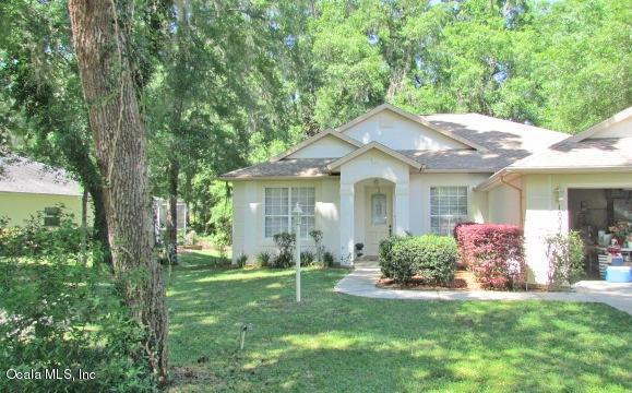 10040 SW 190 Court, Dunnellon, FL 34432 (MLS #554259) :: Realty Executives Mid Florida