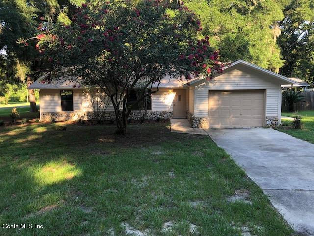 6260 NW 60th Court, Ocala, FL 34482 (MLS #558812) :: Pepine Realty