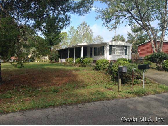 2070 SE 178 Avenue, Silver Springs, FL 34488 (MLS #440724) :: Bosshardt Realty