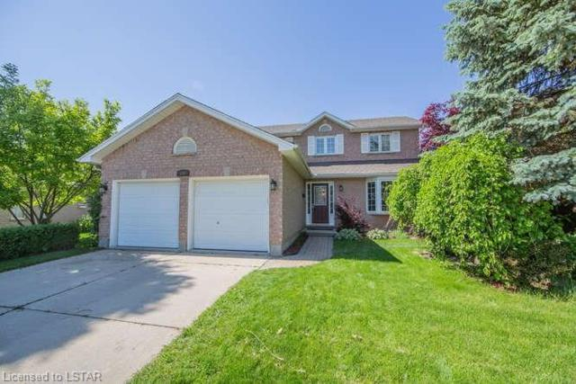 237 Thorn Drive, Strathroy, ON N7G 4C2 (MLS #201299) :: Sutton Group Envelope Real Estate Brokerage Inc.
