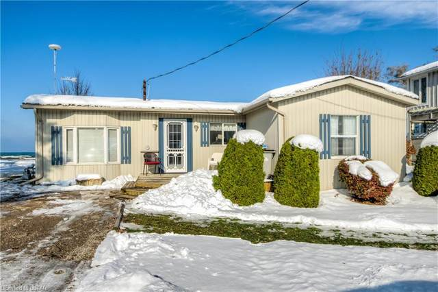 7510 Dune Drive, Lambton Shores (Munic), ON N0M 2L0 (MLS #252335) :: Sutton Group Envelope Real Estate Brokerage Inc.