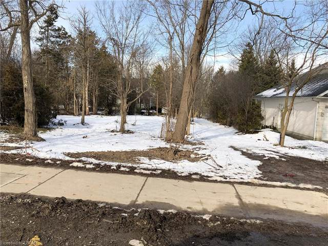 458 Commissioners Road E, London, ON N6C 2T7 (MLS #257786) :: Sutton Group Envelope Real Estate Brokerage Inc.