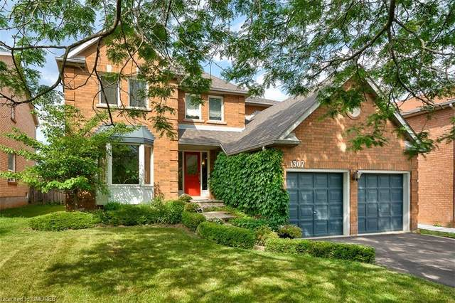 1307 Saddler Circle, Oakville, ON L6M 2X7 (MLS #30819469) :: Sutton Group Envelope Real Estate Brokerage Inc.