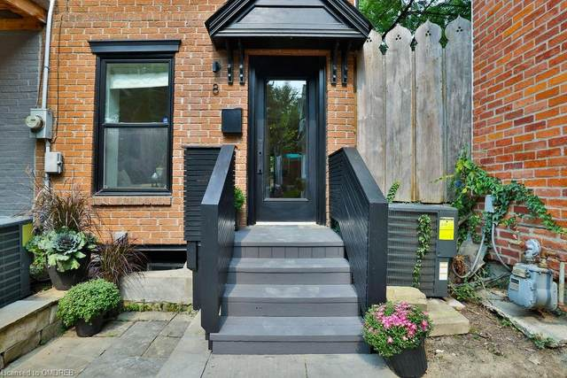 8 Saunders Avenue, Toronto, ON M6R 1B8 (MLS #40024011) :: Forest Hill Real Estate Collingwood