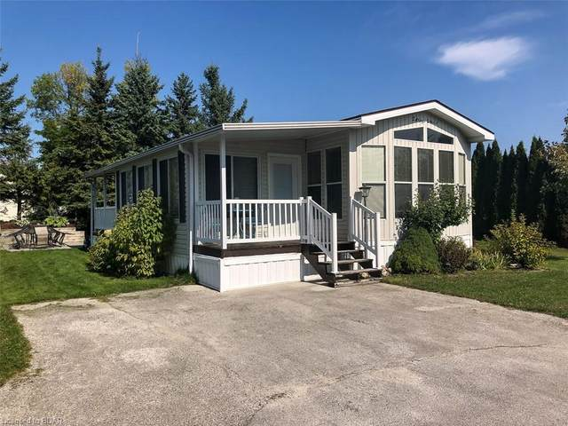 32 Huron Circle, Wasaga Beach, ON L9Z 1X7 (MLS #40025022) :: Forest Hill Real Estate Collingwood
