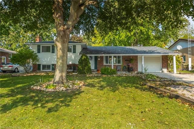 573 Brooke Street, Wyoming, ON N0N 1T0 (MLS #40033128) :: Sutton Group Envelope Real Estate Brokerage Inc.