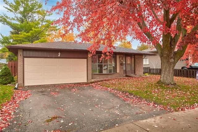 11 Redwood Court, Barrie, ON L4M 5G7 (MLS #40037683) :: Sutton Group Envelope Real Estate Brokerage Inc.