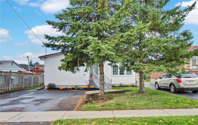 228 Montrave Avenue, Oshawa, ON L1J 4R8 (MLS #40038742) :: Sutton Group Envelope Real Estate Brokerage Inc.