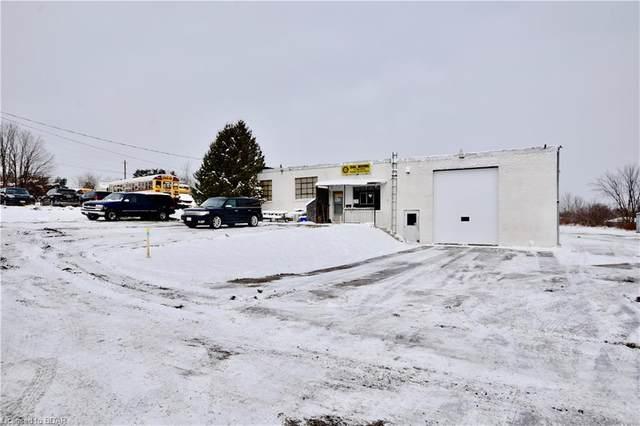 236 Hughes Road, Orillia, ON L3V 2M4 (MLS #40039752) :: Sutton Group Envelope Real Estate Brokerage Inc.