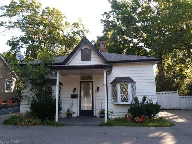 102 Main Street S, Brampton, ON L6W 2C7 (MLS #40045073) :: Sutton Group Envelope Real Estate Brokerage Inc.