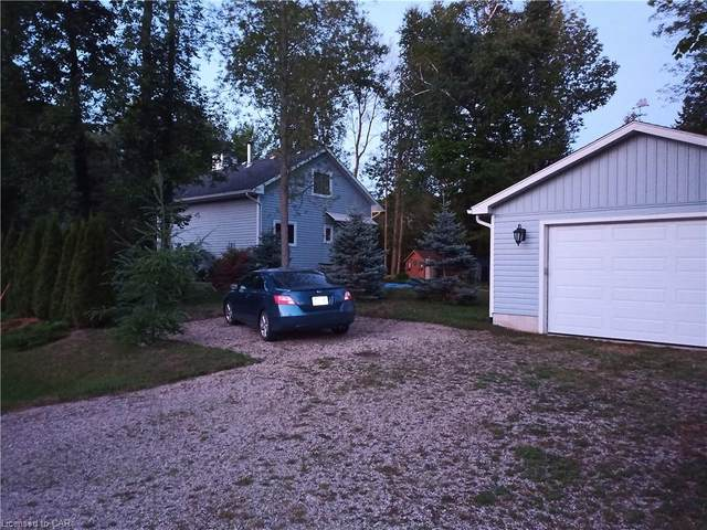 622 Tuscarora Road, Point Clark, ON N2Z 2X3 (MLS #40046161) :: Sutton Group Envelope Real Estate Brokerage Inc.