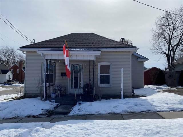 147 East Avenue, Brantford, ON N3S 3M3 (MLS #40066414) :: Sutton Group Envelope Real Estate Brokerage Inc.