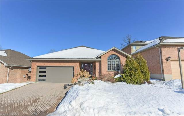 448 Commissioners Road E #11, London, ON N6C 2T7 (MLS #40072554) :: Sutton Group Envelope Real Estate Brokerage Inc.