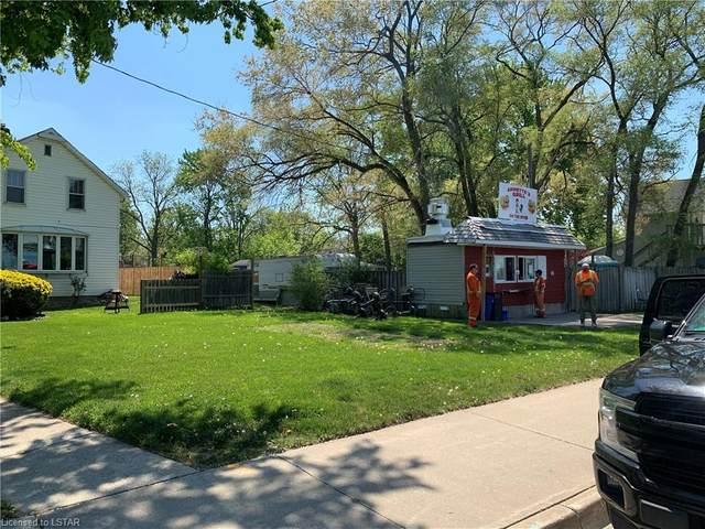 1522 St Clair Parkway, Courtright, ON N0N 1H0 (MLS #40115248) :: Envelope Real Estate Brokerage Inc.