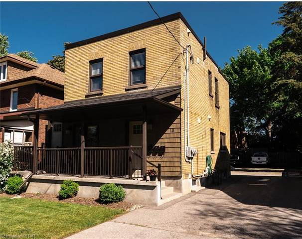 18 Mclaughlin Boulevard, Oshawa, ON L1G 2N8 (MLS #40125895) :: Forest Hill Real Estate Collingwood