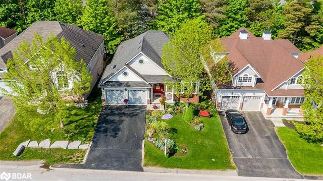 16 Oakmont Avenue, Horseshoe Valley, ON L0L 2L0 (MLS #40127265) :: Forest Hill Real Estate Inc Brokerage Barrie Innisfil Orillia
