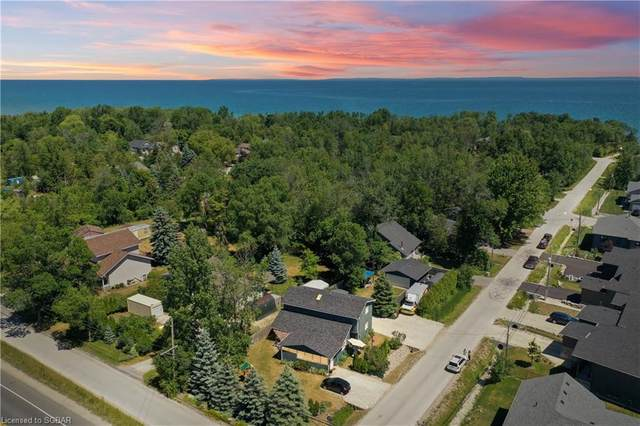 42 Lakeshore Road, Wasaga Beach, ON L9Z 2Y3 (MLS #40133005) :: Forest Hill Real Estate Collingwood