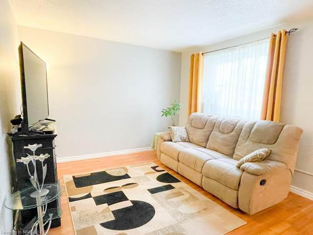 4692 Crysler Avenue #104, Niagara Falls, ON L2E 3V8 (MLS #40148990) :: Forest Hill Real Estate Collingwood