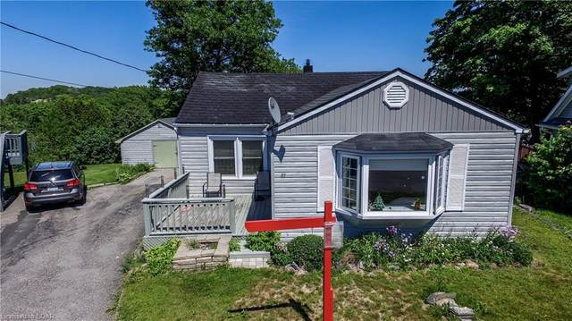 37 Highland Crescent, Parry Sound, ON P2A 1N7 (MLS #30820342) :: Forest Hill Real Estate Collingwood