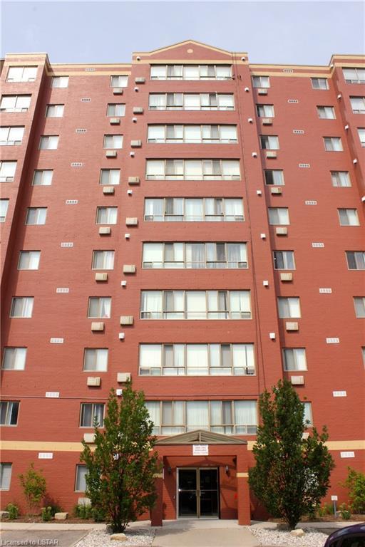 95 Base Line Road W #808, London, ON N6J 4X3 (MLS #210326) :: Sutton Group Envelope Real Estate Brokerage Inc.