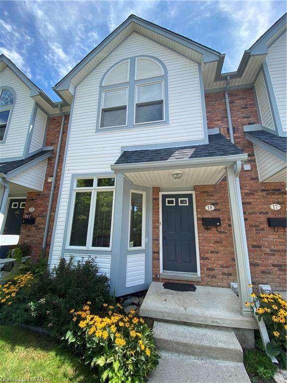 1415 Commissioners Road #18, London, ON N6K 1E2 (MLS #40005618) :: Sutton Group Envelope Real Estate Brokerage Inc.