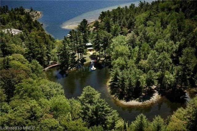 1558 Faraway Camp ., Parry Sound, ON P0M 2A0 (MLS #40021773) :: Sutton Group Envelope Real Estate Brokerage Inc.