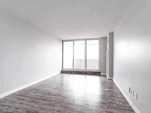 1425 Ghent Avenue #902, Burlington, ON L7S 1X5 (MLS #40045860) :: Sutton Group Envelope Real Estate Brokerage Inc.