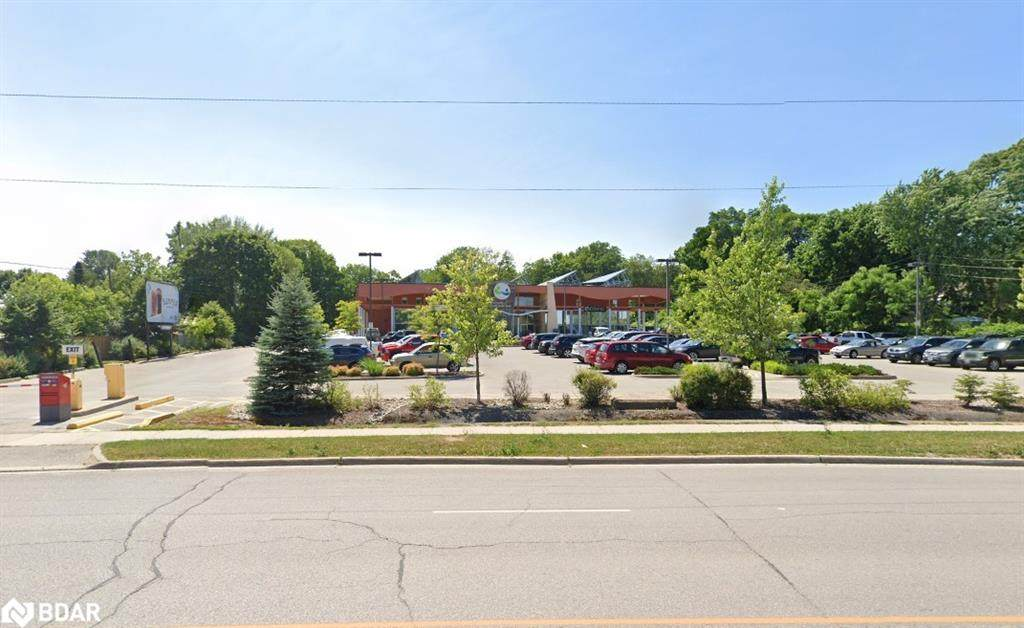 119 Memorial Avenue - Photo 1