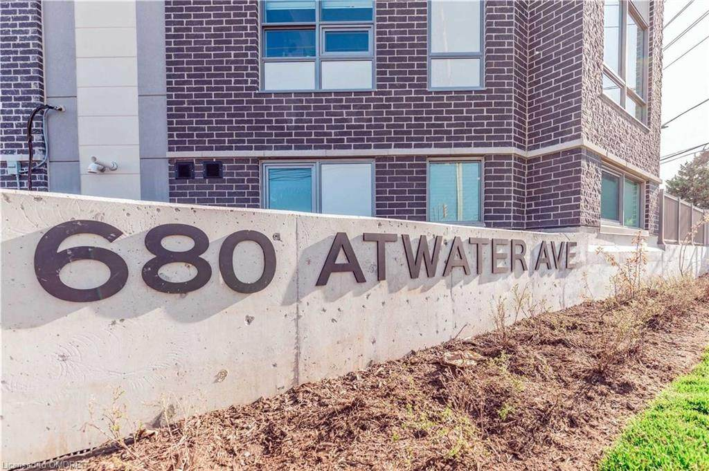 680 Atwater Avenue - Photo 1