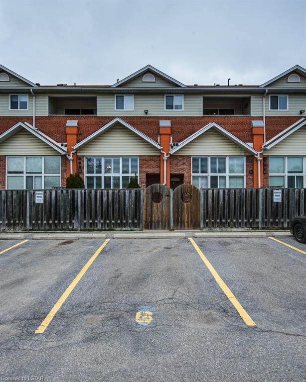 111 Grey Street #105, Brantford, ON N3S 4V8 (MLS #40100109) :: Forest Hill Real Estate Collingwood